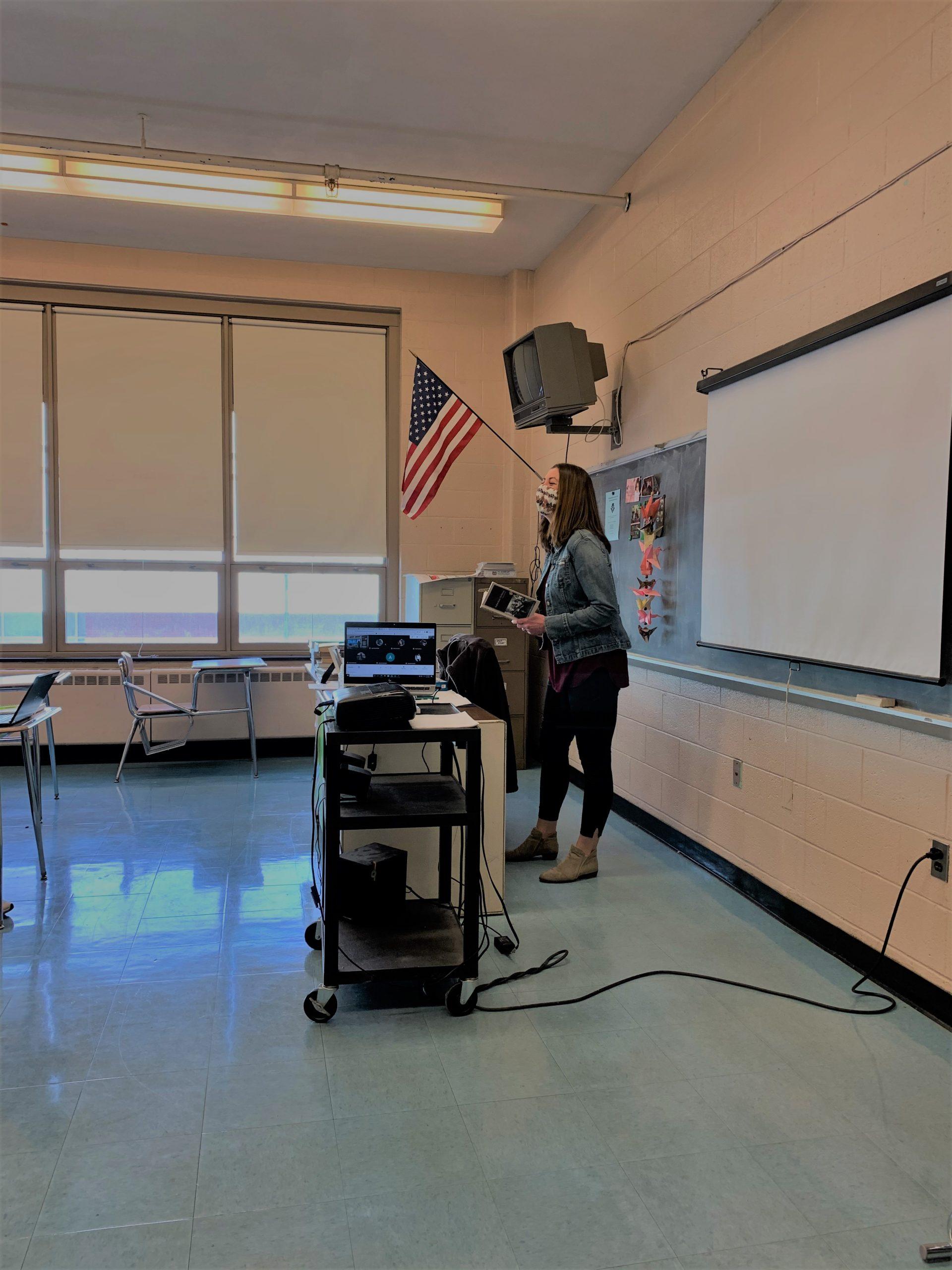 HS' McCauley re-ups UConn program